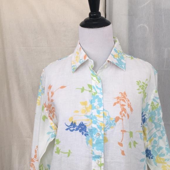 0ce90b62fc Lands' End Tops | Lands End White Leaf Printed Line Shirt S M | Poshmark